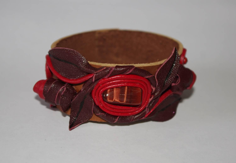 №115. Кожаный браслет с камнем бычий глаз
