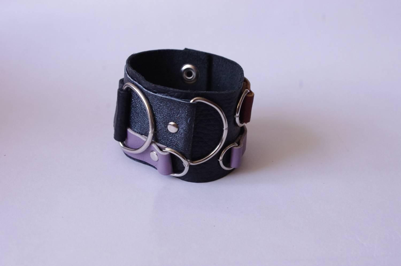 №127. Кожаный браслет