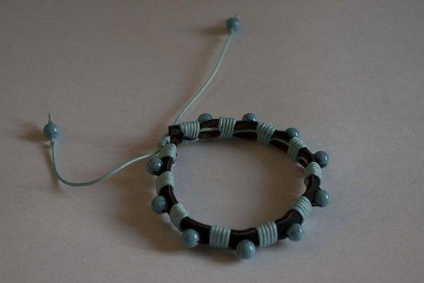 Кожаный браслет №53 - кожа, бирюза, вощёный шнур