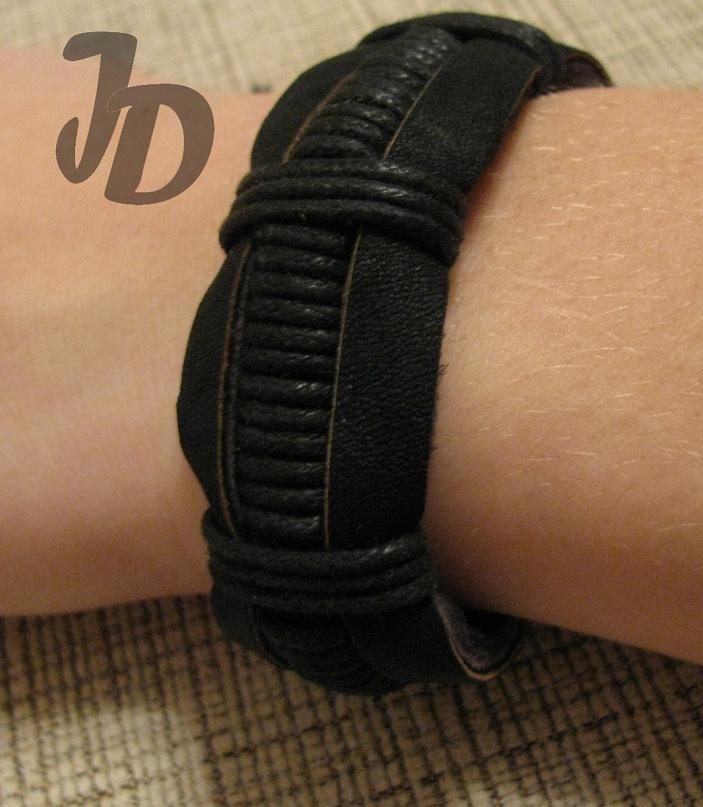 Браслет из кожи №36 - кожа, вощеный шнур, браслет,хэнд мэйд, кожаный